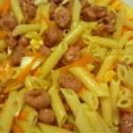 ensalada de pasta con salchichas